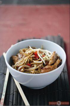 Wok, Japchae, Green Beans, Vegetables, Ethnic Recipes, Red Peppers, Vegetable Recipes, Veggies