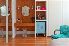 Canto do quarto com um toque romântico, projeto de Leila Bittencourt