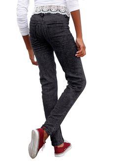 Produkttyp , Jeans, |Qualitätshinweise , Hautfreundlich Schadstoffgeprüft, |Materialzusammensetzung , Obermaterial: 75% Baumwolle, 24% Polyester, 1% Elasthan, |Material , Jeans, |Materialeigenschaft , Elastisch, |Farbe , Black denim, |Passform , schmale Form, |Beinform , schmal, |Beinlänge , lang, |Leibhöhe , etwas niedriger, |Bund + Verschluss , Druckknopf bis Gr. 134, verstellbarer Innen-Gumm...