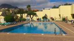 1 bedroom apartment for sale in Tenerife – El Cortijo – Las Americas.  A well priced 1 bedroom duplex apartment for sale one of the quieter parts of Playa de Las Americas.  The ground floor part of the apartment has a terrace which looks out to the community swimming pool.