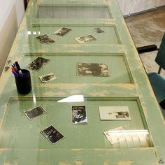 Oude Deur Bureau met Schragen onderstel