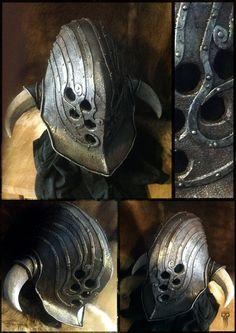 The Kraken helm! Battle ready foam helm, for a badass ancient gods worshiper look! The Kraken helm Larp Armor, Knight Armor, Medieval Armor, Medieval Fantasy, Medieval Gown, Helmet Armor, Dark Fantasy, Fantasy Armor, Fantasy Weapons