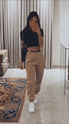 Classy Outfit, Cute Casual Outfits, Simple Outfits, Stylish Outfits, Basic Outfits, Teen Fashion Outfits, Look Fashion, Jugend Mode Outfits, Looks Pinterest