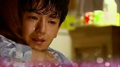 Thank-you-for-being-here hug.[Drama 2013] Ugly Alert