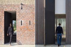 http://www.domusweb.it/en/architecture/2016/11/17/farmhouse_burkeldijk_govaert_vanhoutte_architects.html