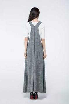 Summer is on its way…so get ready to relax with this casual, comfortable long gray linen pinafore dress, ideal for those long lazy, hazy summer days. The generous loose-fitting casual style in breathable linen, will soon become not only your wardrobe staple, but a go-to everyday dress that