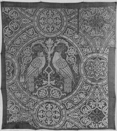 Woven silk        Place of origin:        Italy (made)      Date:        late 13th century-early 14th century (made)      Artist/Maker:        Unknown (production)      Materials and Techniques:        Brocaded lampas, woven in silk and silver-gilt thread      Museum number:        759-1893      Gallery location:        In Storage