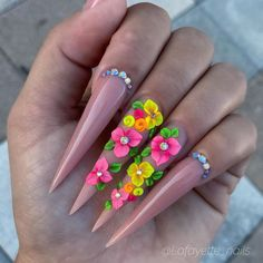 57 Special Stiletto Nails Art Designs Idea For Spring And Summer In 2020 - Lily Fashion Style Bling Acrylic Nails, Stiletto Nail Art, Almond Acrylic Nails, Best Acrylic Nails, Rhinestone Nails, Bling Nails, 3d Nails, Pastel Nails, 3d Flower Nails