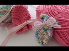 Thumbless Crochet Baby Mittens - Crochet Baby Mittens - YouTube