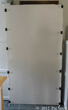 I developed this design wall back in 1995 and have been sharing it in my workshops ever since. Its lightweight inexpensive and very portable. Here are the supplies you will need: 1 dress Quilting Room, Quilting Tips, Quilting Tutorials, Quilting Projects, Quilting Designs, Quilting Board, Quilt Design Wall, Wall Design, Diy Design