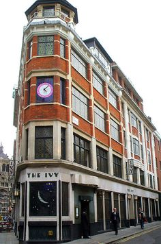 ✯ The Ivy - Leicester Square, London, England - You must go after the theatre!