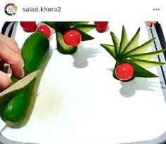 Easy Food Art, Creative Food Art, Diy Food, Amazing Food Decoration, Amazing Food Art, Vegetable Decoration, Food Sculpture, Fruit And Vegetable Carving, Food Carving