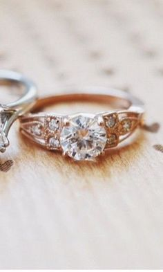 Gorgeous diamond ring #diamond #ring #wedding  www.vainpursuits.com