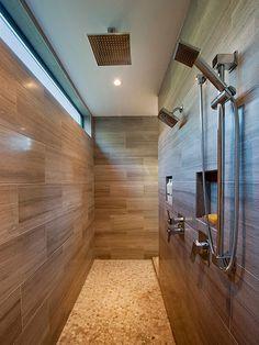 WC - Ideia para duche. Parede em vez de cabine/vidro