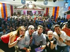 Increíble el recibimiento de la gente en Cnel Oviedo! Muchísimas gracias por el cariño! El 4 y5 de noviembre #EstamosTodos