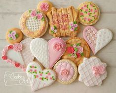 Happy Mother's Day by Cookies Art by Shirlyn Mother's Day Cookies, Kinds Of Cookies, Heart Cookies, Cute Cookies, Yummy Cookies, Sugar Cookies, Cupcake Cakes, Cupcakes, Iced Biscuits