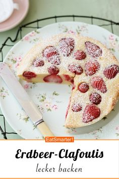 Erdbeer-Clafoutis - Another! New Dessert Recipe, Dessert Oreo, Healthy Sweets, Healthy Dessert Recipes, Cookie Recipes, Low Fat Cake, Different Cakes, Strawberry Recipes, Food Cakes