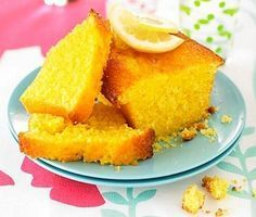 Torta de limonhumeda Kitchen Humor, Cookies And Cream, Homemade Cakes, Cornbread, Cake Recipes, Bakery, Food And Drink, Snacks, Fruit