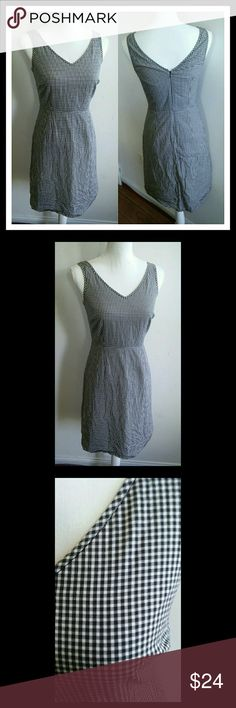 EDDIE BAUER BLACK AND WHITE GINGHAM DRESS Super cute gingham dress. Just in time for summer get togethers. In great condition. Only worn a few times. 100% cotton. 100% cotton lining. Needs a couple new stitches around the zipper as shown in last pic. Eddie Bauer Dresses