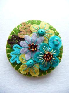 ES630A/063 -  Japanese Art Inspired Handmade Mini Felt Brooch - Olive - Made to order