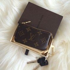 Louis Vuitton - Key Pouch
