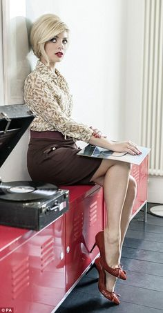 First look: Holly Willoughby dons a sexy secretary look for her latest Very fashion range Holly Willoughby, Vintage Vinyl Records, Models, Sexy Legs, Dame, Hot Girls, Pin Up, Sexy Women, Female