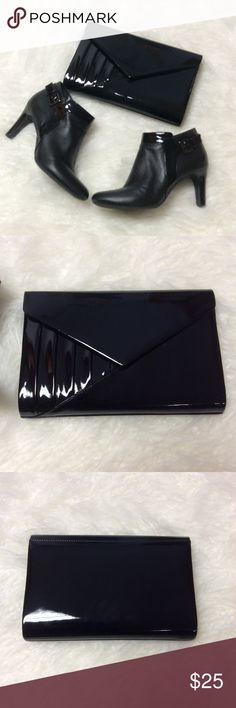 GORGEOUS PATENT LEATHER ENVELOPE CLUTCH I'm pretty sure this is a vintage clutch but no name inside. It's in excellent condition and perfect for a special occasion. Bags Clutches & Wristlets
