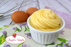 Crema pasticcera Biscotti, Sweets, Desserts, Food, Tailgate Desserts, Deserts, Gummi Candy, Candy, Essen