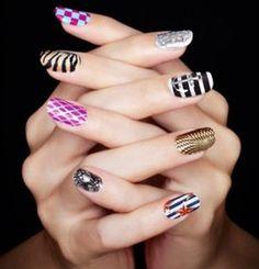 fingernail art | Son moda rengarenk tırnaklar. Tırnak boyama sanatı, ister yapay ...