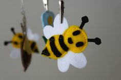 SALE Honey Bee Baby Mobile, Felt Toys, with removable toys. Metal Hanger. 3 in 1 Mobile, Winnie the Pooh.