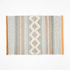 Heirloom Wool Rug – Rug making Beige Carpet, Diy Carpet, Wool Carpet, Rugs On Carpet, Carpet Ideas, Carpets, Plush Carpet, Stair Carpet, Colorful Decor