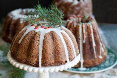 Gluteenittomassa kakussa on mahtavasti makua - lupa ottaa toinenkin pala Recipies, Candy, Sweet, Desserts, Food, Ideas, Recipes, Tailgate Desserts, Deserts