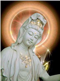 Buddha Drawing, Buddha Art, Buddha Wallpaper Iphone, Fantasy Figures, Divine Mother, World Religions, 3d Drawings, Guanyin, Chinese Art