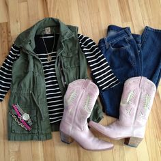 Outfit, fashion, style, old navy, target, etsy, juicy couture, jcpenney, Instagram @emily_soto