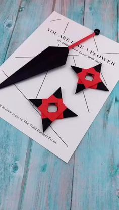 Origami is a superb project to make use of your free time or even make important presents of spiritual value. Origami Toys, Instruções Origami, Origami Design, Origami Videos, Dollar Origami, Origami And Kirigami, Origami Bookmark, Origami Flowers, Diy Crafts Hacks