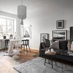 Sveavägen 35 2 rok, 0 kr avg Styling @scandinavianhomes Foto @kronfoto Mäklare Ulf Friberg @svenskfastvasastan