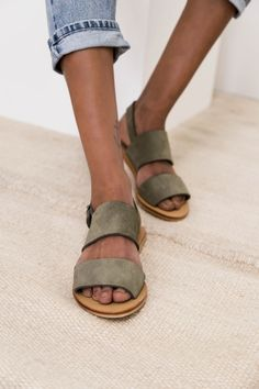 Jun Sandals in Olive