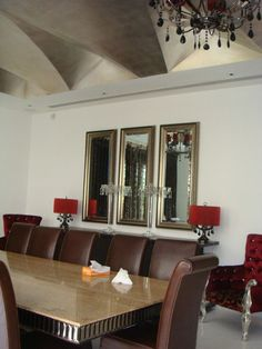 Classy Dining Room Design by Pinky Pandit, Architect in Gurgaon, Haryana, India.