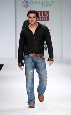 """Wills Lifestyle India Fashion Week SS Day 2 Sohail Khan walks for Sanjana Jon Wills Lifestyle, Lifestyle Clothing, India Fashion Week, Men's Fashion, Natural Fiber Clothing, Celebrity Siblings, Latest Fashion Trends, Walks, Bollywood"