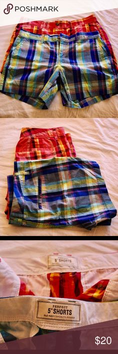 Set of 2 plaid short Bermuda shorts Awesome shorts with pockets and in great condition! They are khaki/Bermuda style but they fit like regular shorts :) Shorts Bermudas