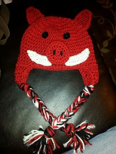 Razorback hat made by Owl-dorable Baby on Facebook