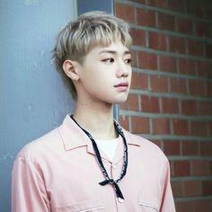 Son Young taek tag