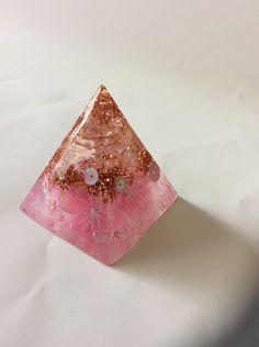 オルゴナイト ピラミッド型 さくら