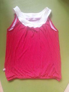Hübsches ärmellose Shirt nach Freebook von Klimperklein genäht, der Sommer kann nun auch für mich kommen..