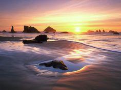 bandon-oregon_beach_sand_ocean_beautiful-yC.jpg (JPEG Image, 1600×1200 pixels)