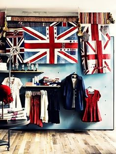 London – Retail Experience I'm an anglophile. Or a scotophile, which can include British things. (Anthropologie in an anglophile. Or a scotophile, which can include British things. (Anthropologie in British Things, Retail Experience, Visual Display, Union Jack, British Style, British Fashion, British Decor, British Rock, Uk Fashion