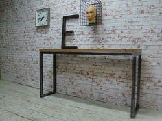 Itsthat » Industrieel design hal tafel / sidetable