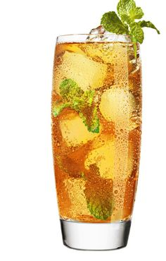 Apple Julep mocktail. Verfrissende mix van munt, citrus en appels