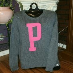 RARE VS Pink Loose Knit Sweater ADORABLE VS Pink Loose Knit sweater! In perfect condition no rips or stains! *NO TRADES* PINK Victoria's Secret Sweaters Crew & Scoop Necks
