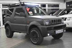 jimny military green satin - Google Search Jimny 4x4, Jimny Sierra, Jimny Suzuki, Best 4x4, Toyota 4x4, Green Satin, Military Green, Cars And Motorcycles, Offroad